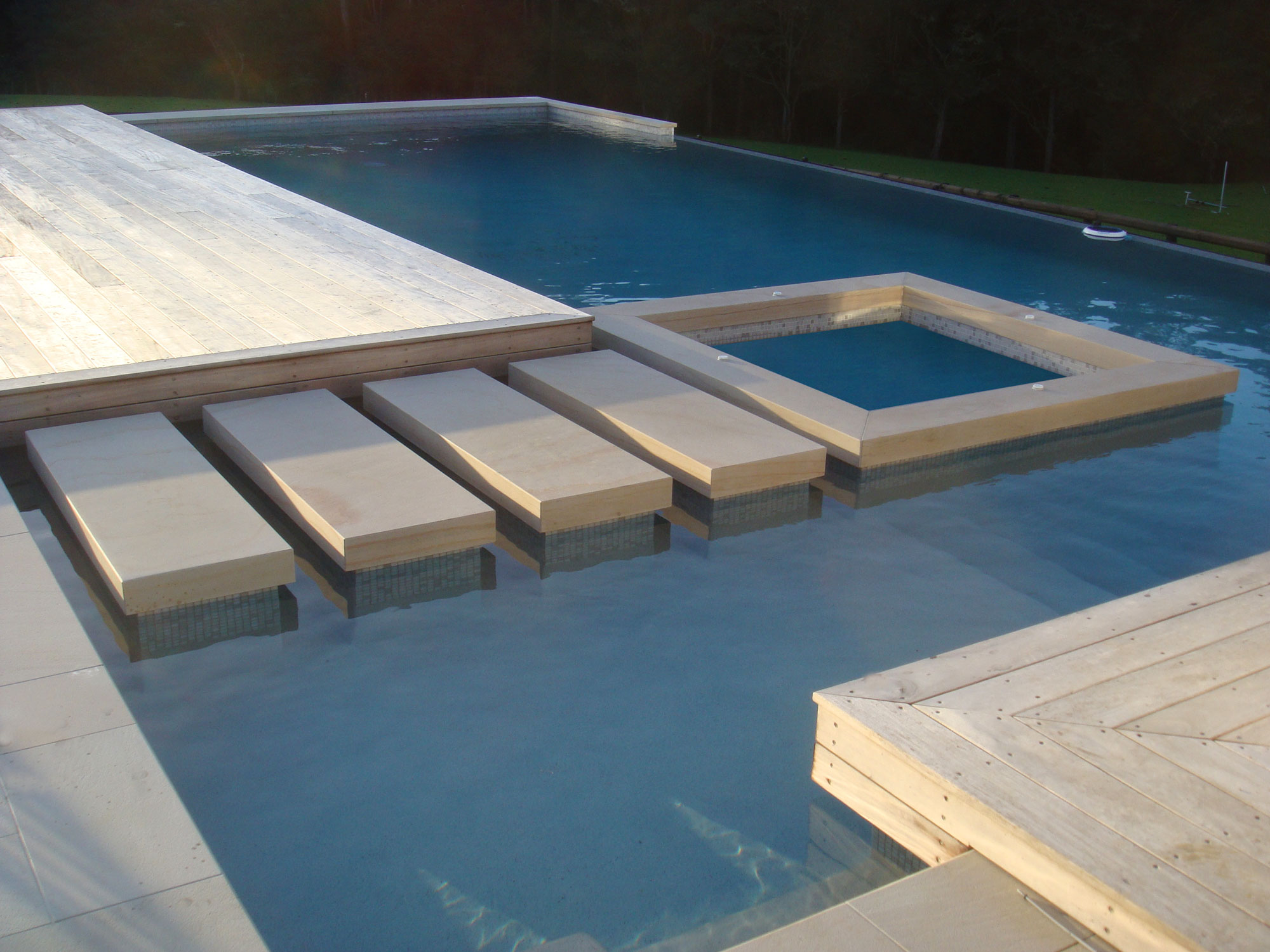Imperial Sandstone pool coping